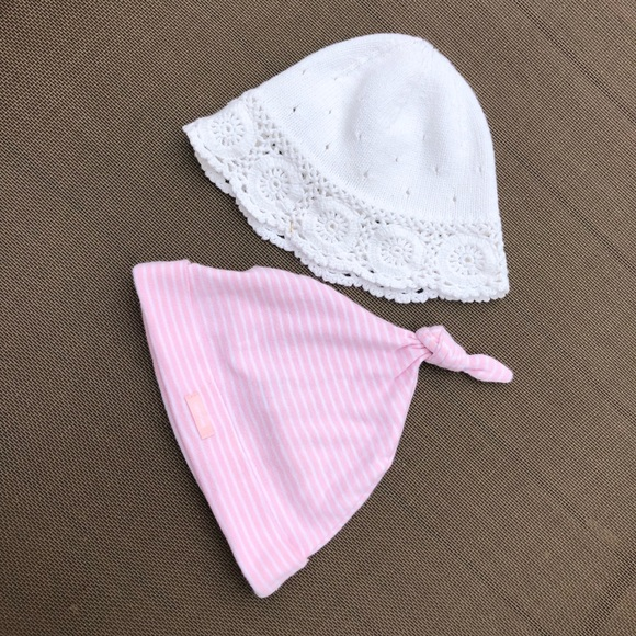 GAP Other - Bundle of two baby girl hats size 2-9 months